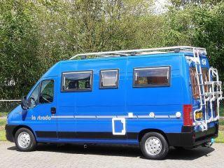 Jan – Leuke camperbus met 3 slaapplekken, ideaal !