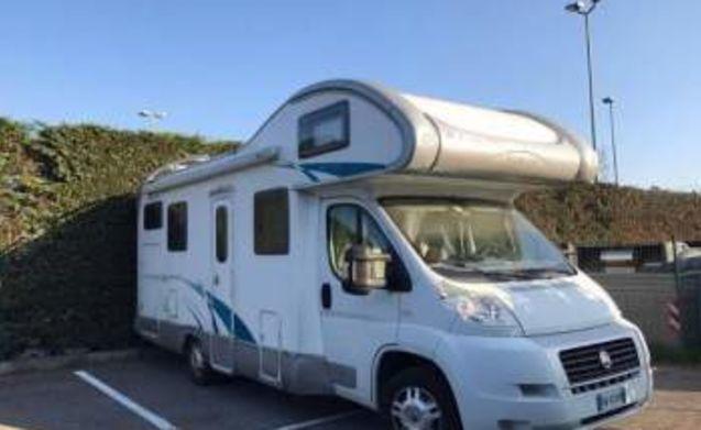 7 person camper