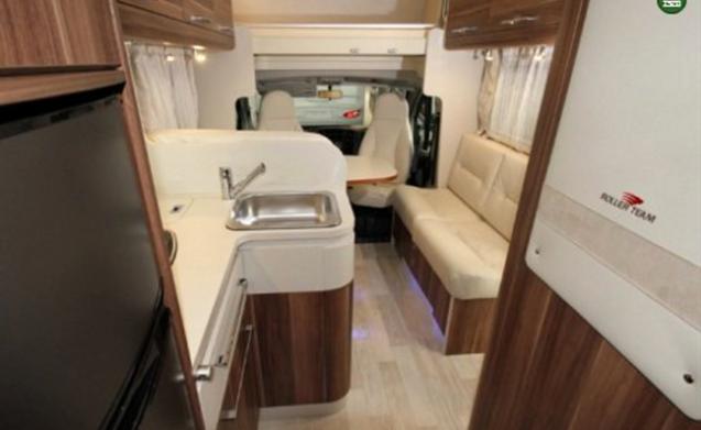 bella casa mobile spaziosa