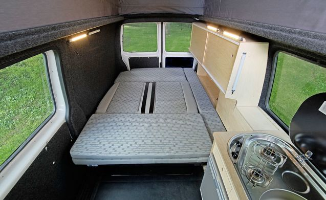 Fiekje – 4 or 5 person Camper - easy driving and parking