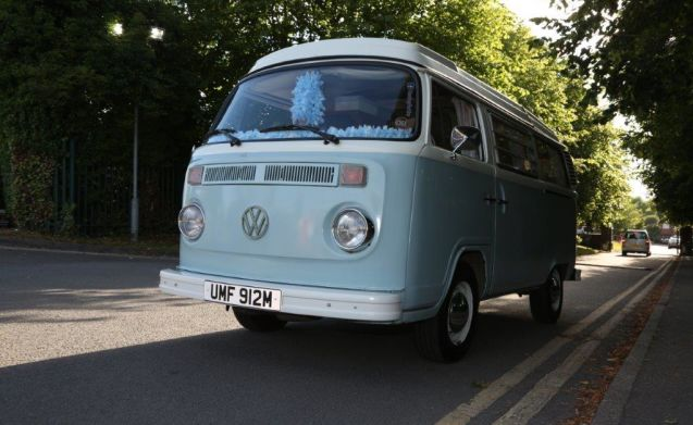 Humfrey For Hire - 1974 VW Bay Window Camper