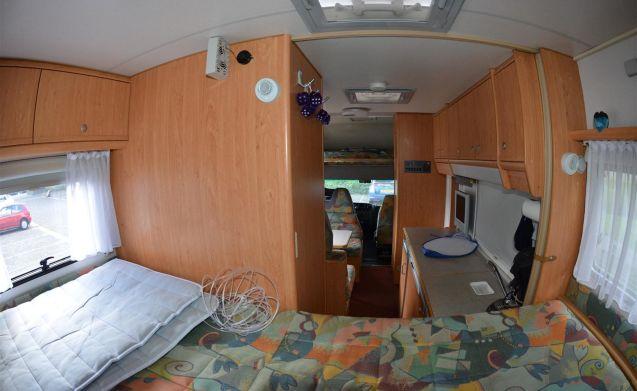 KNAUS TRAVELLER 685HFG – Luxe en ruime 6-persoons camper