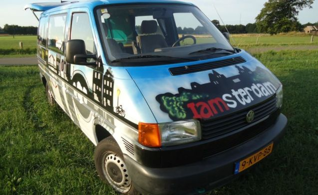Amsterdam – Amsterdam - Cozy and robust VW campervan