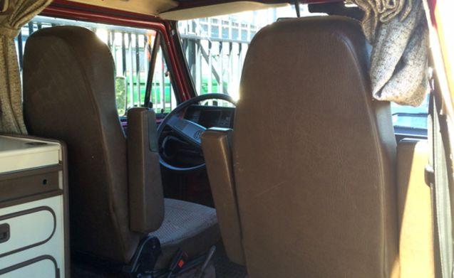 Mooie complete VW T3 Westfalia club joker te huur