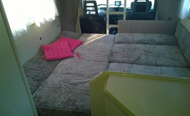 Spacious Comfortable Family Camper