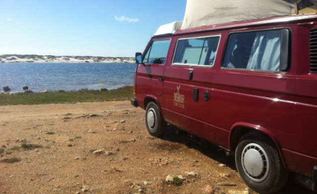 Baingio – Volkswagen T3 California for your holidays in Sardinia