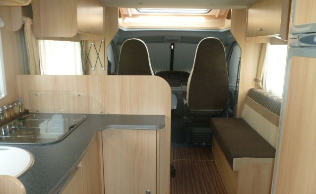 FOR RENT Freedom of happiness with Mobilhome Sunlight T 64