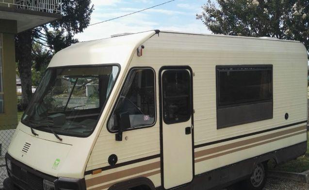 Gangbus – Motorhome Mirage Oriente 5 posti letto