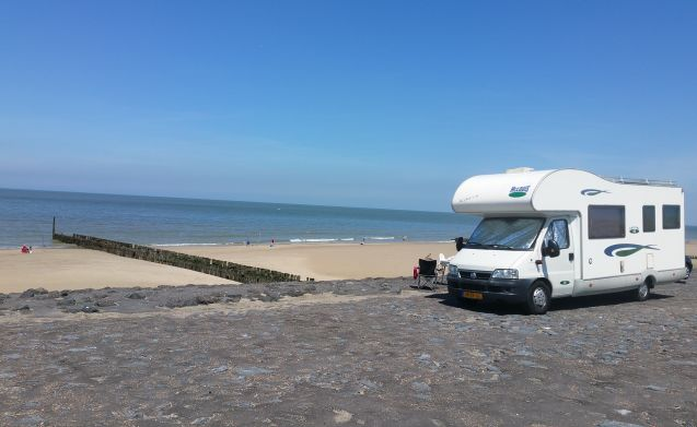 Ideal and beautiful, complete family camper, suitable for babies