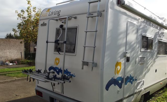 SUN LIVING – Very nice, fully equipped motorhome