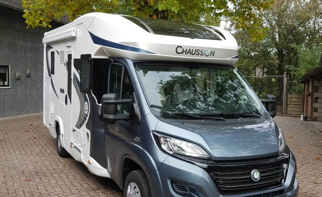 Compacte 2 tot 3 persoons camper – A01 - Chausson 610 compatta