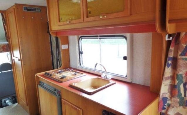 204 – Elnagh Marlin 65 - 6 slaapplaatsen - royale rondzit en compleet inventaris