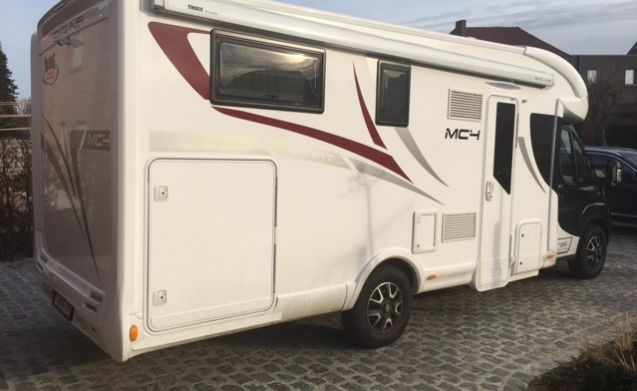 McLouis Karat  MC4-73G – Mobilhome 2 - 5 pers. for rent