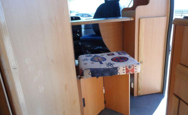 Gemütliche kompakte Camper wo Haustiere erlaubt sind