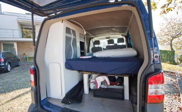 Volkswagen T5 Campervan