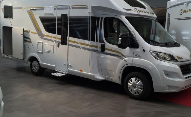 Bavaria T746 GJ – Bavaria T746 style van 2016 voor 4 personen te huur