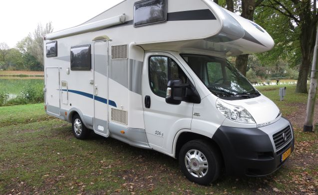 Fiat Ducato McLouis 536g with airco on engine