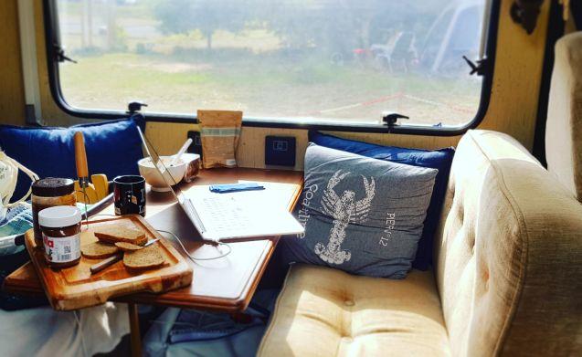 Waka Morearea – On adventure in 6 pers classic Hymer