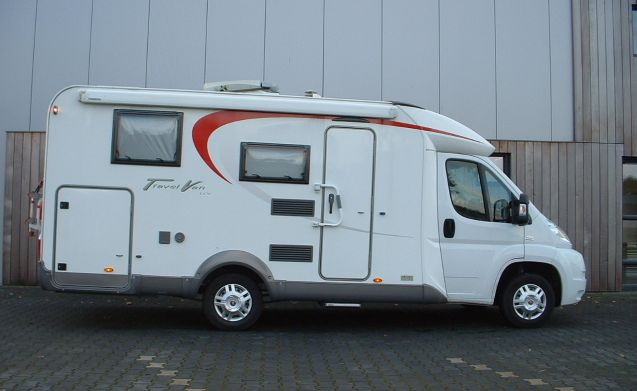Travel Van T620G – Very Luxury Burstner Travel T620G 3 person, with air conditioning and complete stock-taking