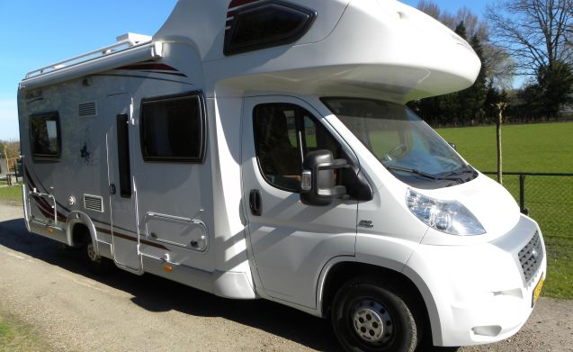 Spacious and complete camper for a nice price