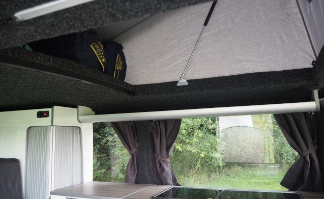 Stiki – Luxurious 2 person camper