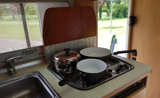 Mooie compacte 4 persoons camper, super betrouwbaar!