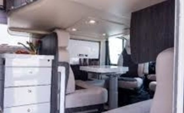 BENI – EDINBURGH LUXURY 4 BERTH MOTORHOME WITH FIXED BED FOR WONDERFUL ADVENTURES