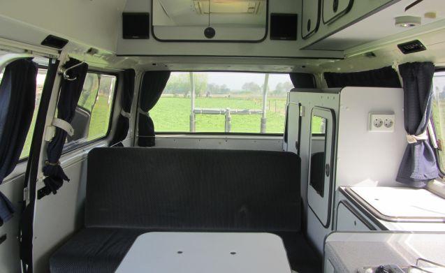 Nice Volkswagen T3 bus camper