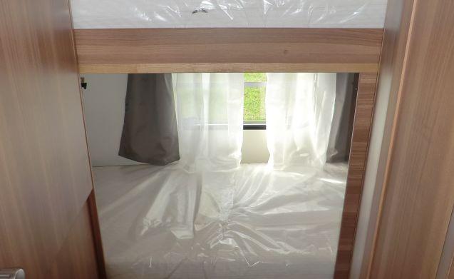 Wohnwagen Mit Etagenbett Und Doppelbett : Lmc vivo k etagenbett wohnwagen