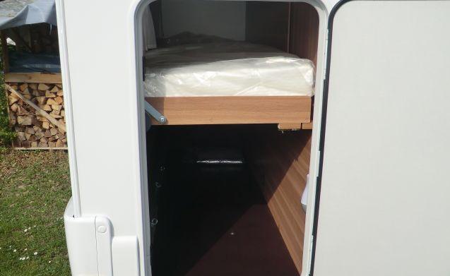 Wohnwagen Mit Etagenbett Und Doppelbett : Miete dieses motorhomes italy wohnmobil mit leuten in porcia ab