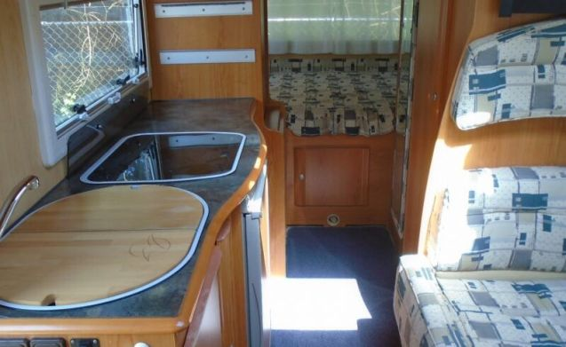 Complete camper with lots of living space