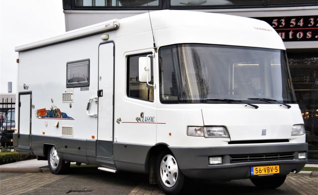 OFF SEASON OFFER..Our cosily furnished Ducato camper 690.4 persons