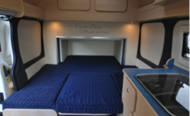 Type 4 – Super compact bus camper with large bed