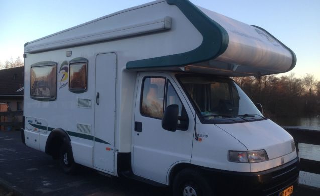 Weinsberg – Weinsberg Camper Meteor 5 persoons een ruime camper