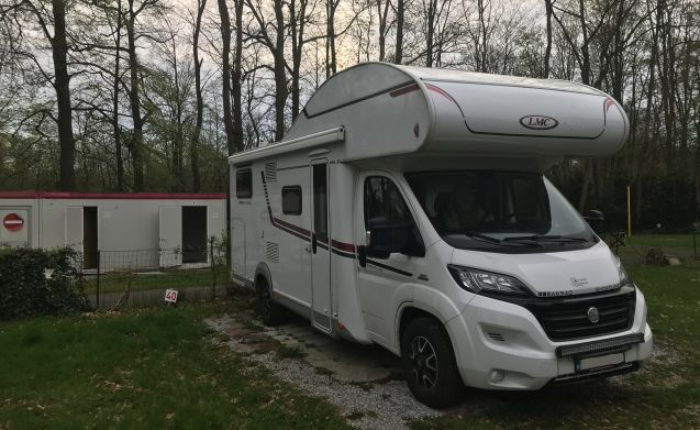 BABY – 6 seat motorhome for  FAMILY getaway
