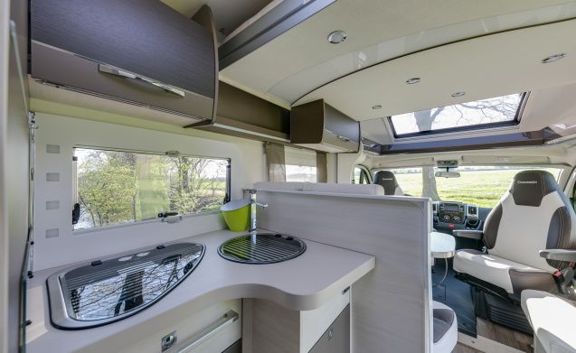 Luxurious new mobile home for max 5 people