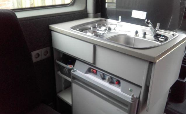 Kekke camper – This camper van is ready for adventure!