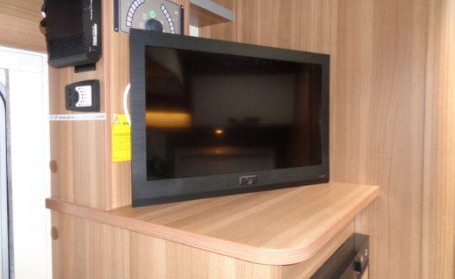 Luxuscamper mit 4 Betten / PF4