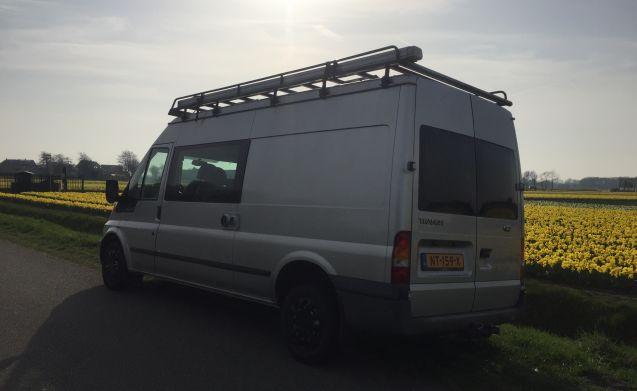 Comfortabele ruime gezellige Ford Transit camper met Airco!