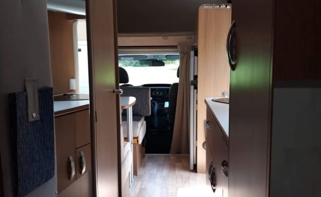 Ford Rimor family mobile home 6 people