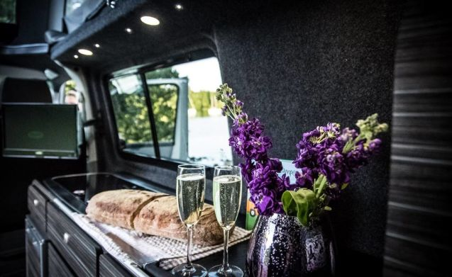 Luxury unique glamping VW Camper Lake Windermere