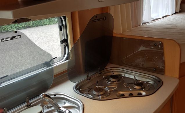Perfectly maintained camper with complete inventory.