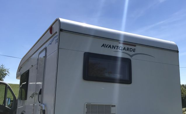 2 berth Avantgarde compass