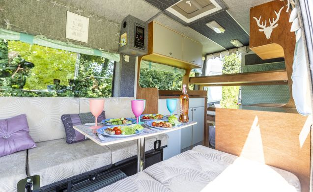 Amelia – Amelia the Campervan