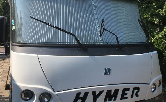 Hymer camper for 2 or 3 people for rent.