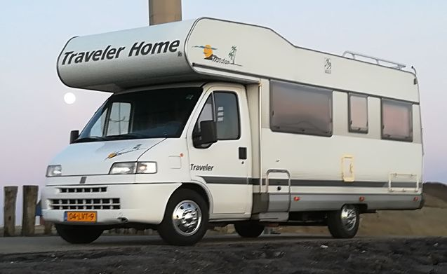 Traveller – Economical, beautiful strong KNAUS TRAVELER CAMPER 2-6 pers.