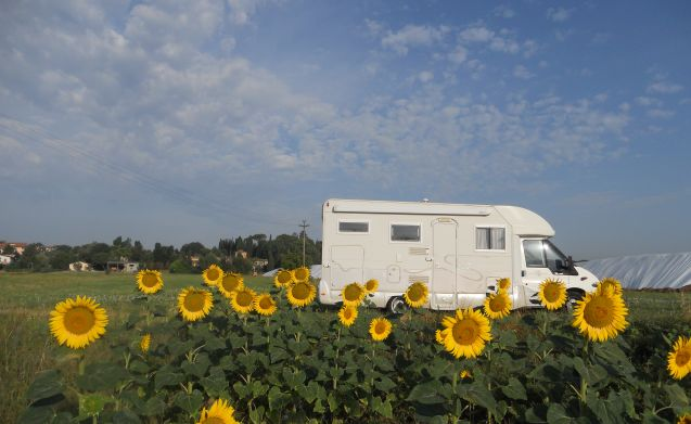 Silvia Camper  – Compact, welcoming, handy and comfortable for 2 or small family