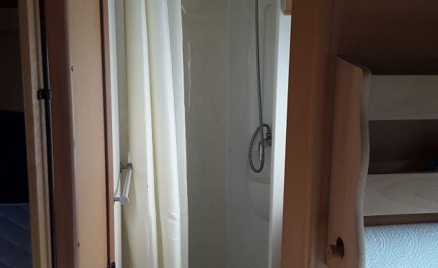 Ons vakantiehuisje – Nice caroller 255p camper