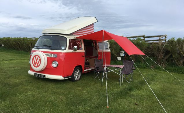 Poppy - Snowdonia Classic Campers