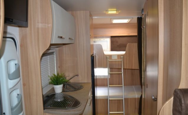 Spacious camper for 6 people / BF6